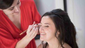 Maquillage et soin du visage pour femme   Malaika Conseil en Image à Grenoble